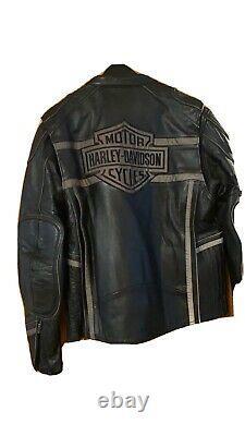 EXCELLENT CONDITION Mens harley davidson leather jacket large