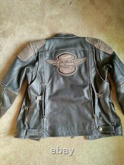 Harley Davidson Leather Jacket $495 Price Tag Large Never Worn Brand New
