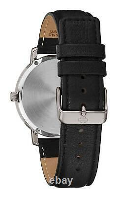 Harley-Davidson Men's #1 Skull Stars & Stripes Watch with Leather Strap 76A163