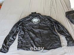 Harley Davidson's Men's Reflective Willie G. Skull Rain Suit withbag (98260-10VM)
