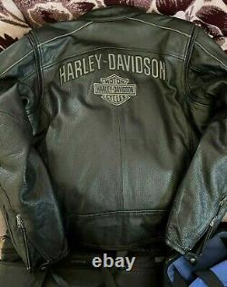 Mens large harley davidson leather riding jacket