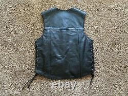 New with tags RARE Men's Harley Davidson Piston leather Vest Medium Cool
